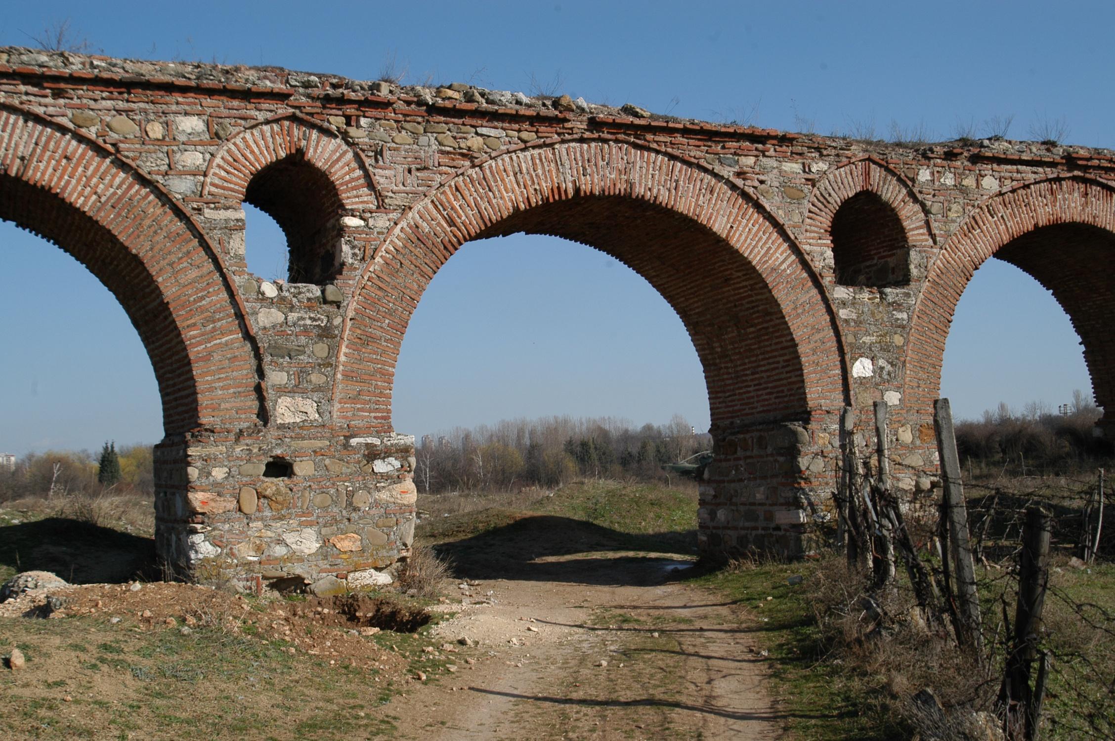 skopje aqueduct skopski akvadukt journey macedonia